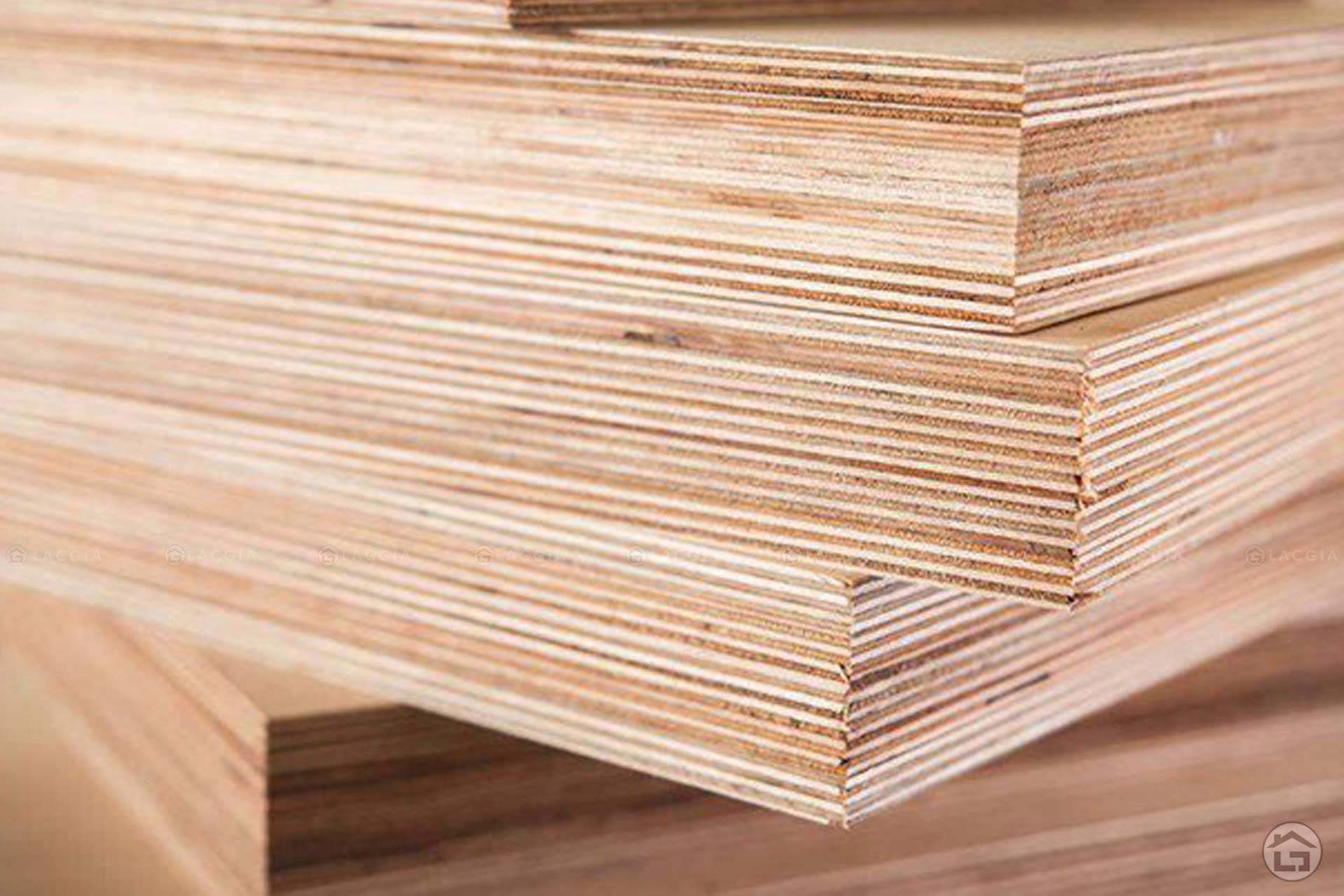 Gỗ Plywood là loại vật liệu được yêu thích trong sản xuất nội thất hiện nay