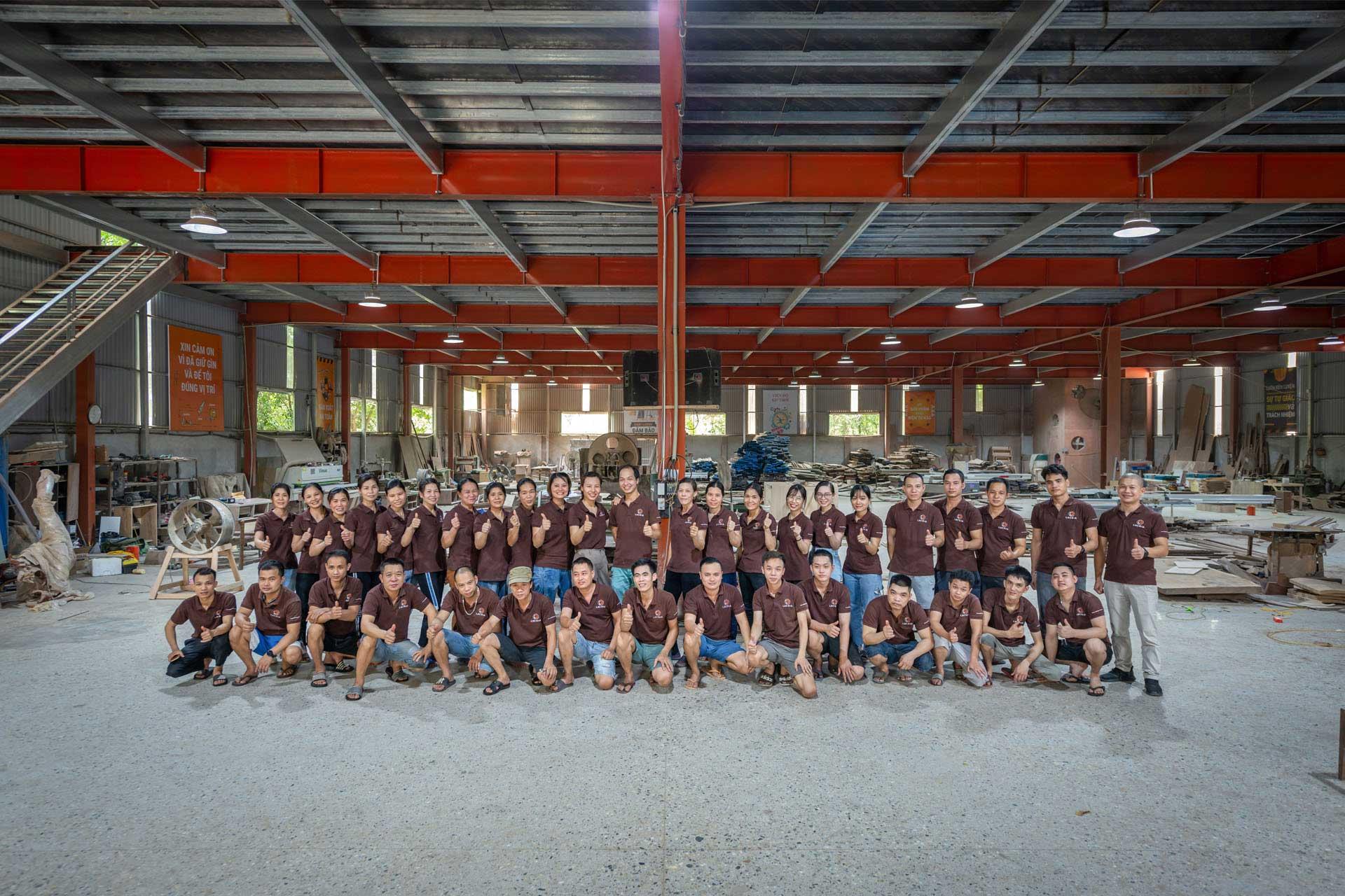 Nhà máy sản xuất nội thất Lạc Gia